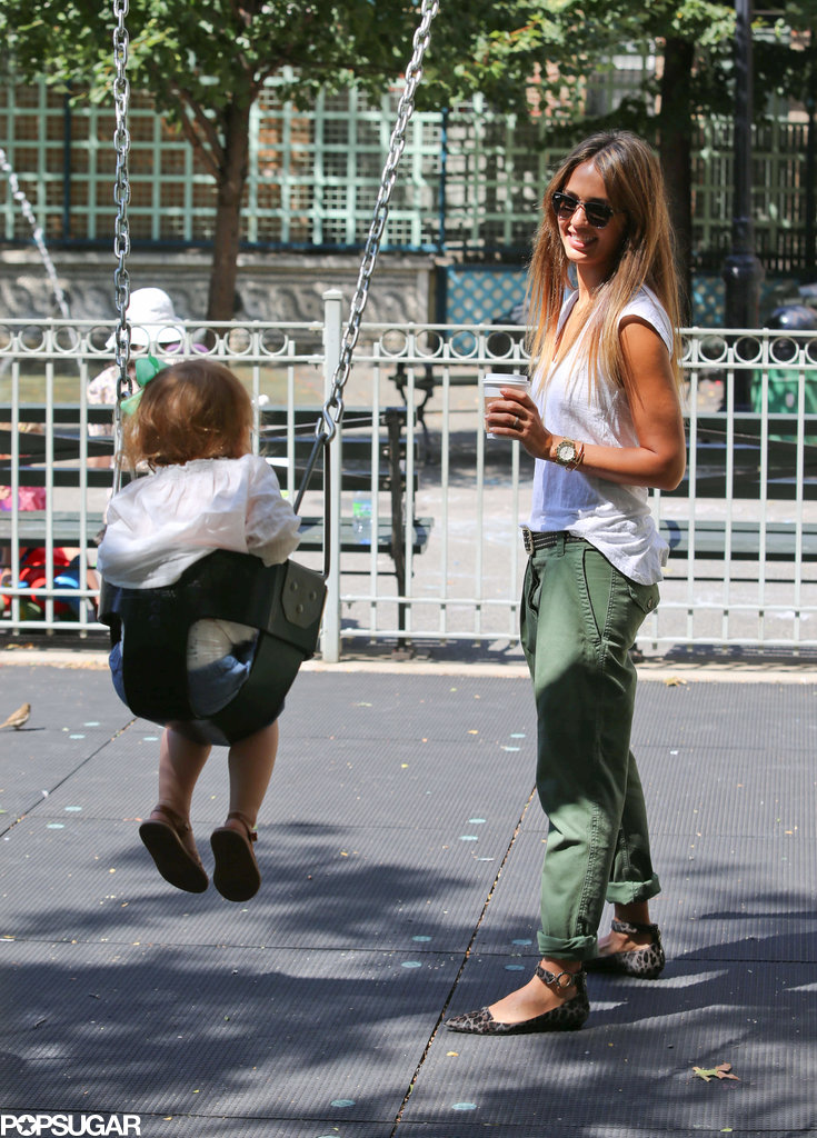 Jessica Alba and her daughter Haven Warren visited a park in NYC.
