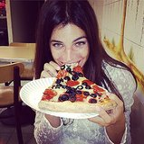 See? Fashion girls do eat pizza! Source: Instagram user juliarestoin