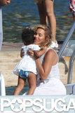 Beyoncé gave Blue a sweet hug.