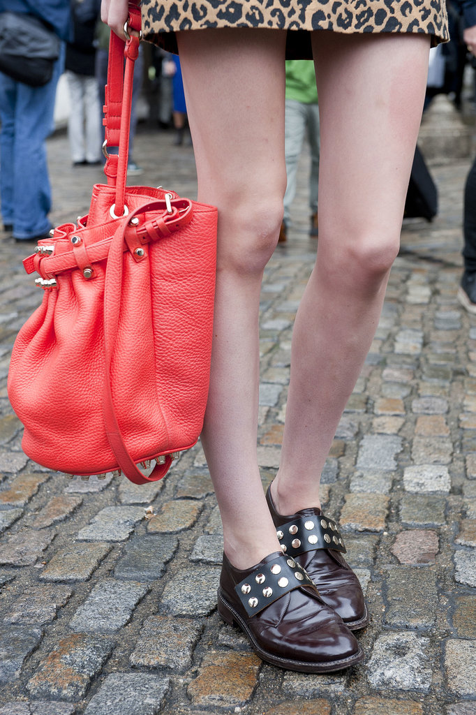Between the bucket bag and the brogues, we're totally sold on these accessories.