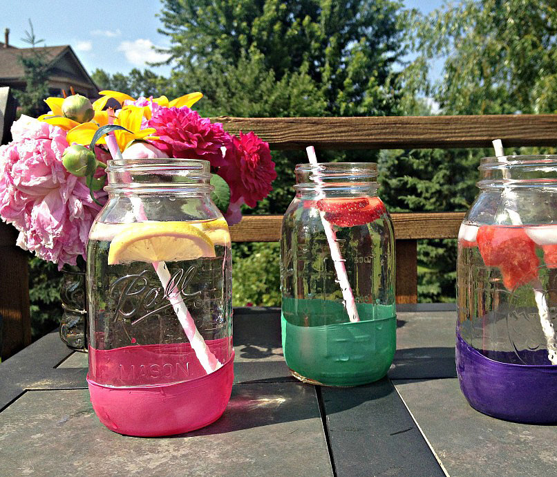 Balloon-Dipped Mason Jars