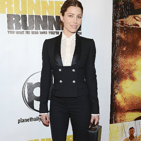 Jessica Biel Suits Up For the Runner Runner Premiere