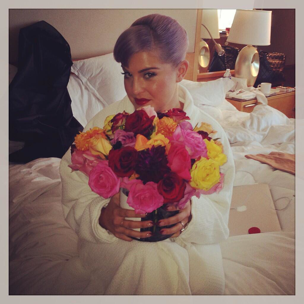 Kelly Osbourne opted for a natural fragrance for the evening. Source: Twitter user kellyosbourne