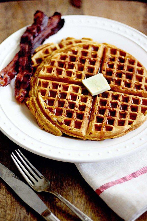 Kid-Friendly Recipes: Pumpkin Gingerbread Waffles