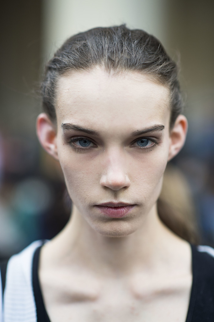 Second-day hair? Pull it back into a messy ponytail. Source: Le 21ème | Adam Katz Sinding
