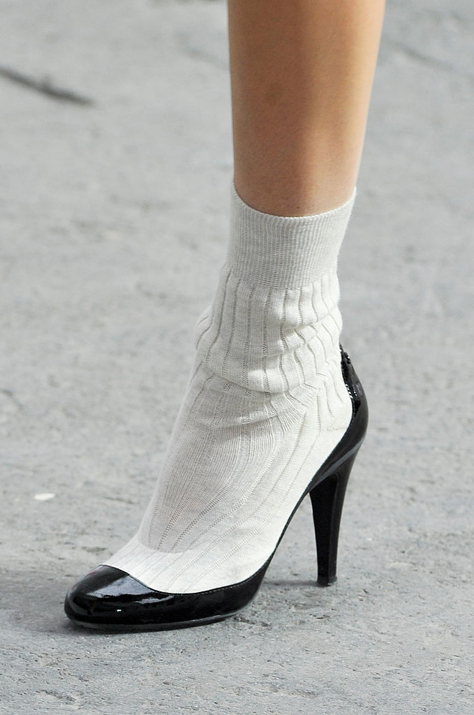 Chanel shoes outlet online. Women shoes online