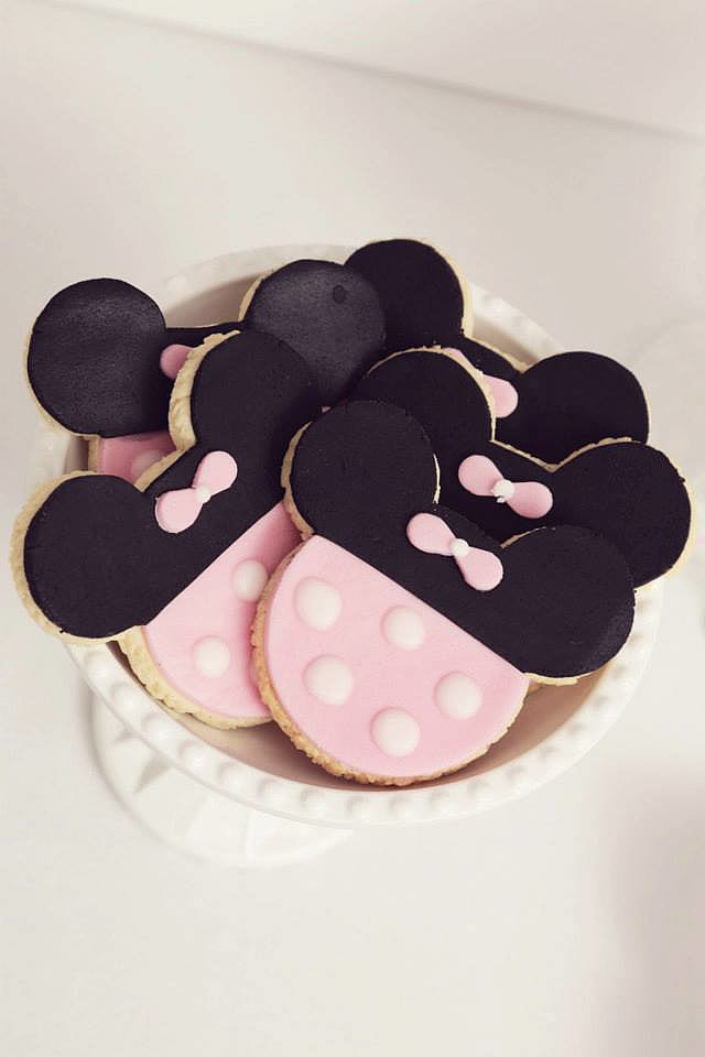 Minnie Cookies