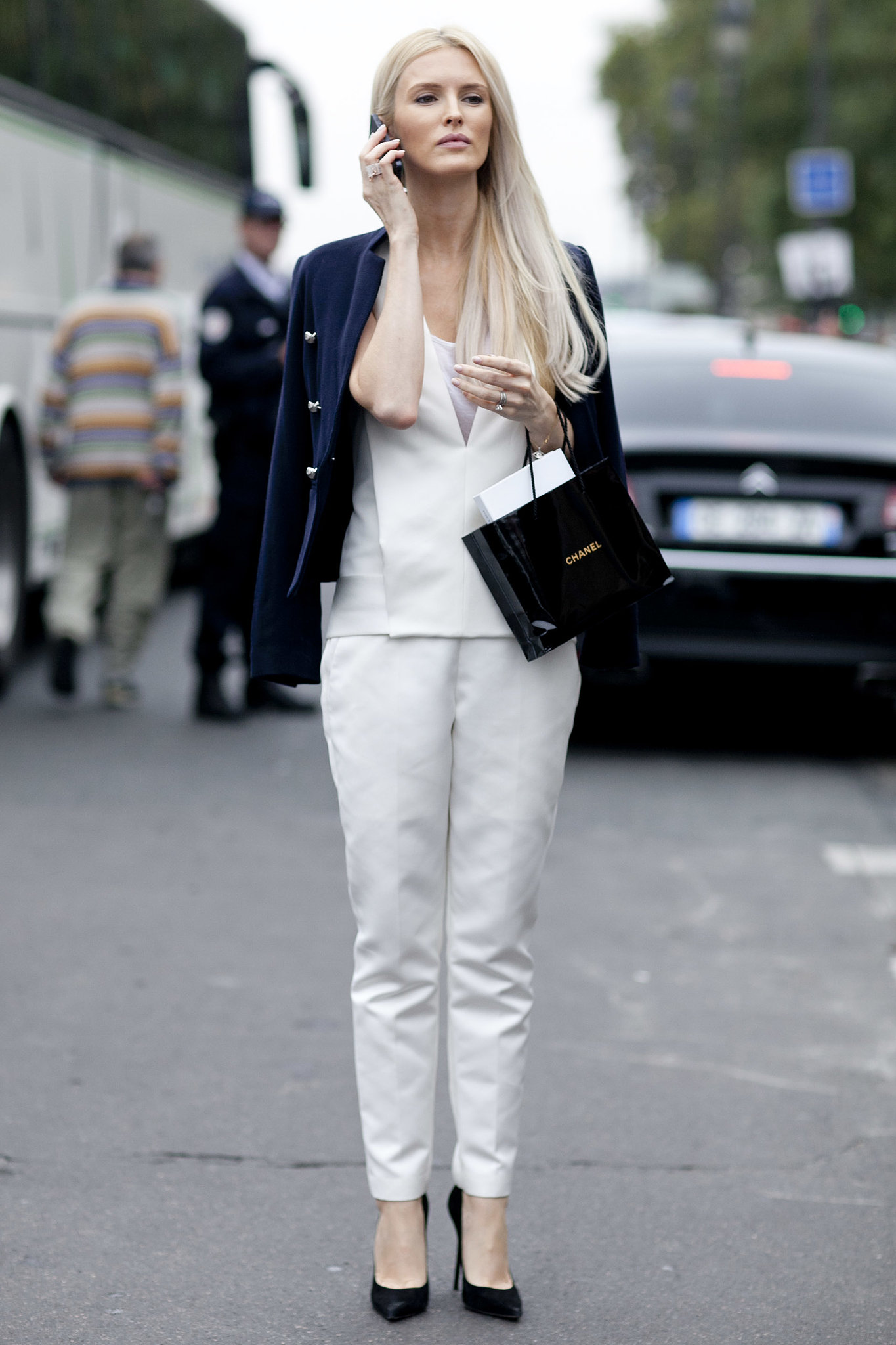 So Perfectly Polished Kate Davidson Hudson Tr S Chic The Best Street Snaps At Paris Fashion