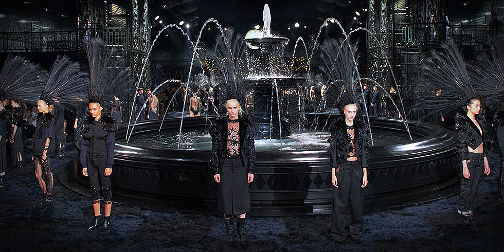 Long Live Marc Jacobs! See His Stunning Final Louis Vuitton Show