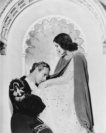 In the heyday of MGM and black-and-white films, Norma Shearer played Juliet alongside Leslie Howard. She was actually in her early 30s when she played the role and donned the superthin brows so popular in the 1930s when the movie was made.