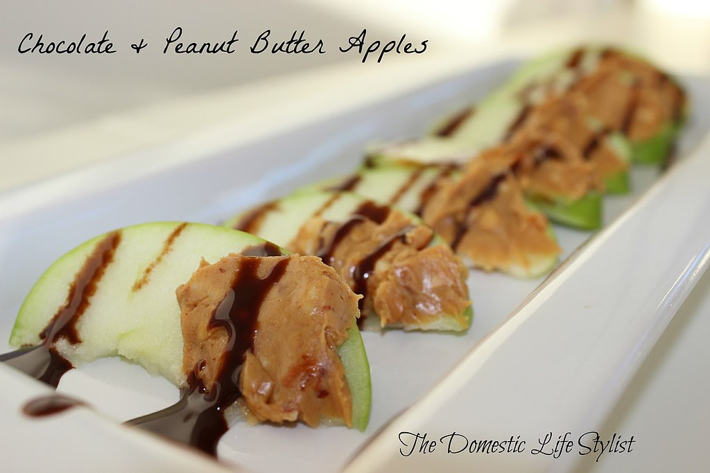 Chocolate and Peanut Butter Apples