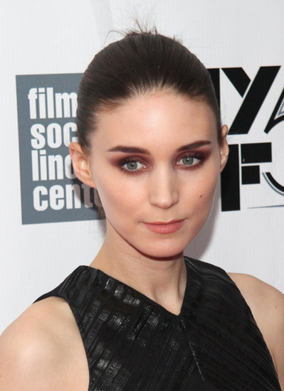 Rooney Mara walked the Her red carpet sporting a deep aubergine smoky eye.