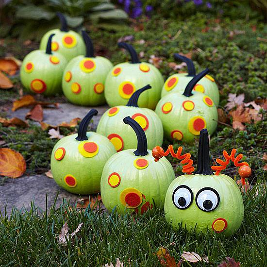 Caterpillar Pumpkin Chain