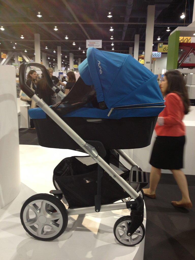 The Nuna Mixx Stroller has air-filled tires and a sturdy footrest to keep kids comfortable. The carry cot is an optional accessory.