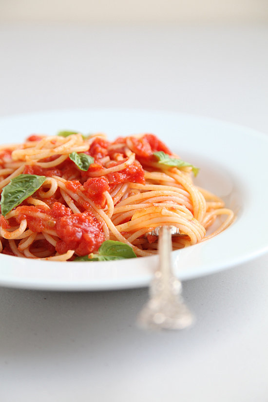 Day Two: Easy Tomato Sauce with Spaghetti