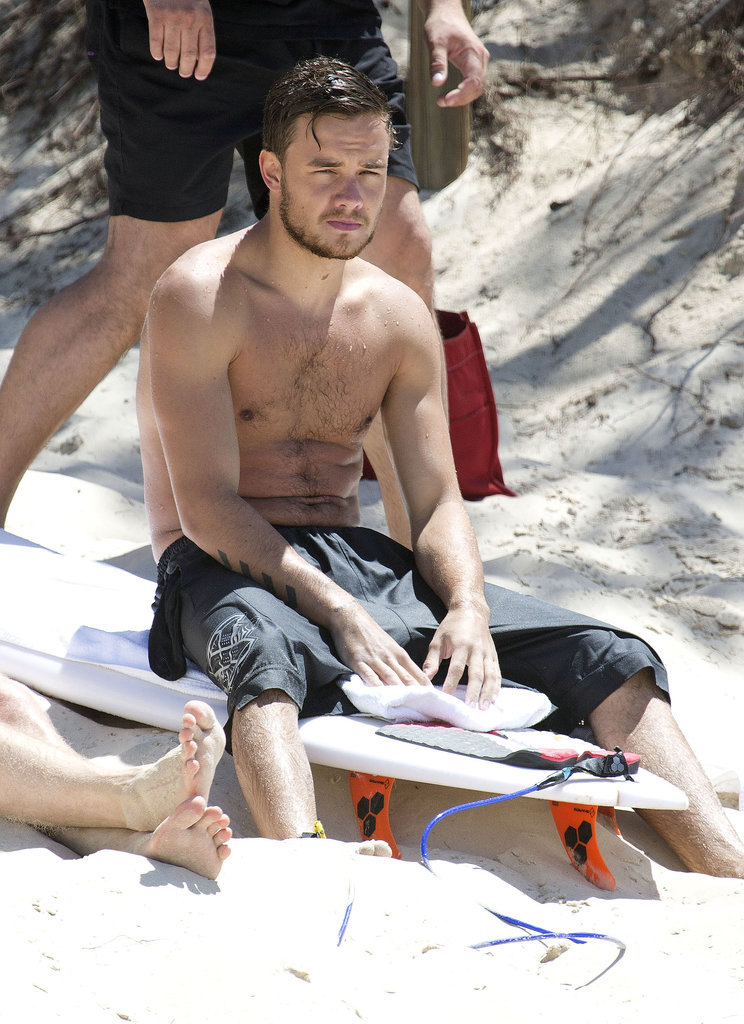 Liam Payne went surfing with a group of friends in Gold Coast, Australia.
