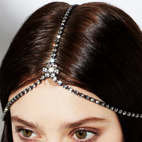10 Beautiful Wedding Day Hair Accessories To Buy