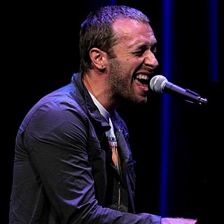 Chris Martin Performs Atlas From Catching Fire