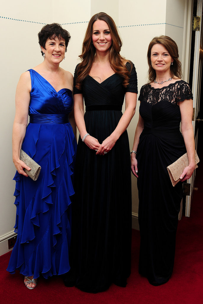 For the100 Women in Hedge Funds gala in October 2013, Kate slipped into a classic, ink-blue Jenny Packham gown.