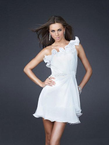 A-line One Shoulder Chiffon Short/Mini Beading Cocktail Dresses at dressestylish