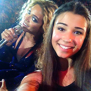 Beyonce Photobombs Fan Photo at Melbourne Concert