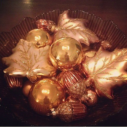 For hassle-free decor, collect ornaments in Fall symbols and shapes to fill a large display bowl.  Source: Instagram user candyshopvintage