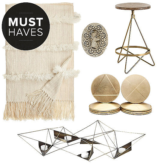 The holidays are synonymous with entertaining, and nothing sets a better tone than a festive home. We are looking forward to spending time with friends and family and celebrating every day — even if it is in small ways. Check out all the things that we will be turning to this month to ring in the holiday cheer in style, courtesy of POPSUGAR Home.