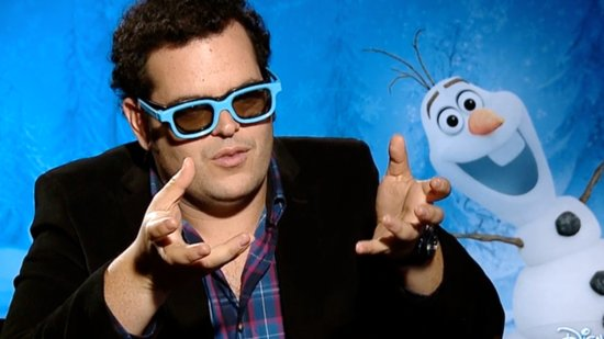 Josh Gad Has a Pretty Great Party Trick Thanks to Frozen