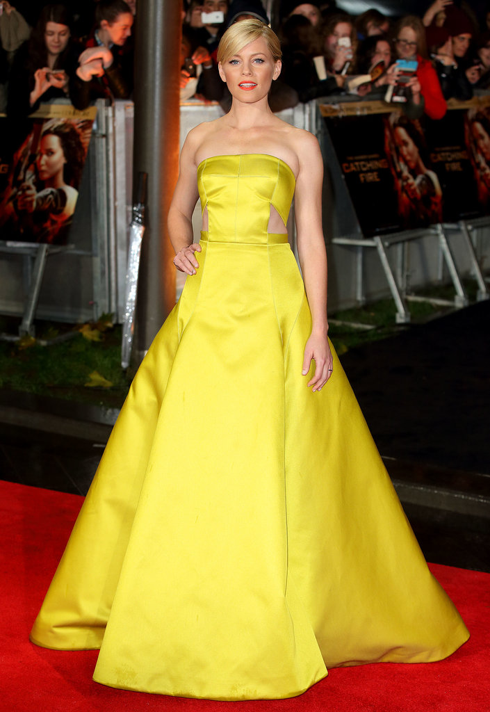 Elizabeth Banks wore a custom Jason Wu dress and a Gaydamak bracelet.