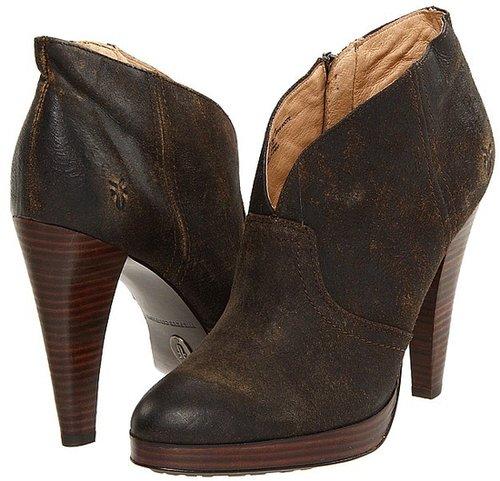 Frye - Harlow Campus Bootie (Tan Vintage Distressed Leather) - Footwear