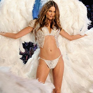 2013 Victoria's Secret Fashion Show Highlights: Adam Levine