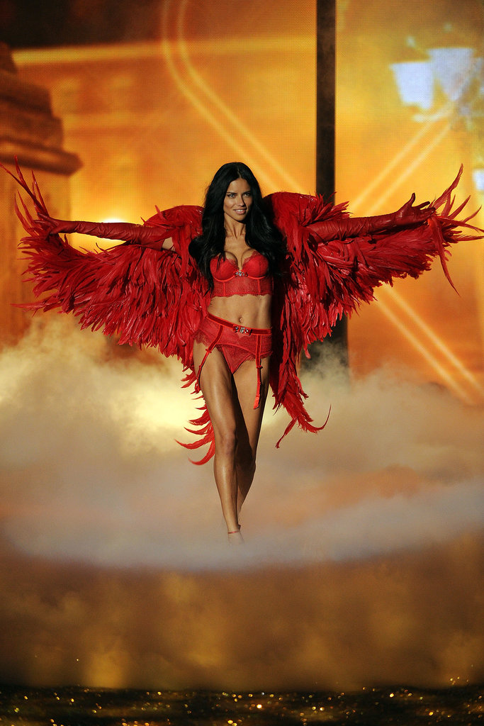 14. Adriana Lima served up fire in a red Angel ensemble.