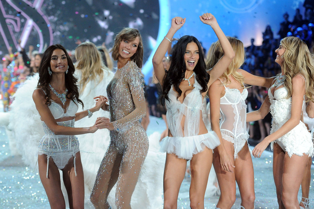 3. Lily Aldridge, Karlie Kloss, and Adriana Lima joined the models on stage for a final dance.