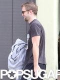 Robert Pattinson Trades His Beard For Biceps