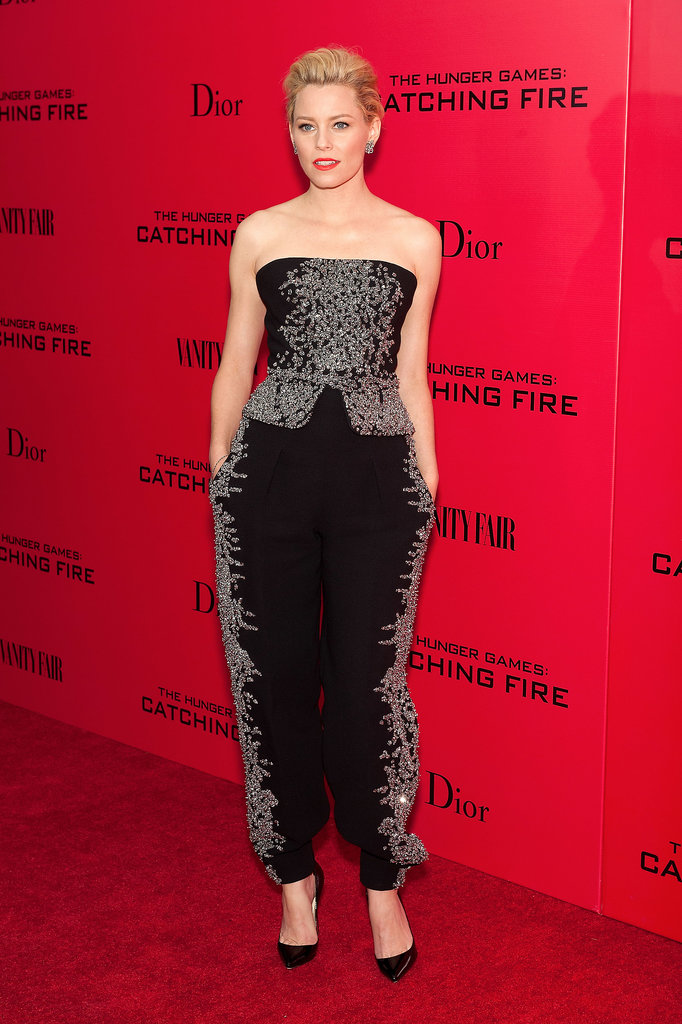 Elizabeth Banks opted for an awesome jumpsuit instead of a dress.