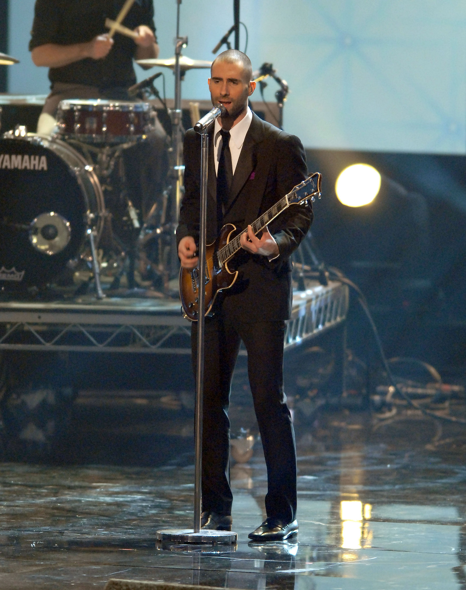 Adam Levine and Maroon 5 hit the stage in 2007.