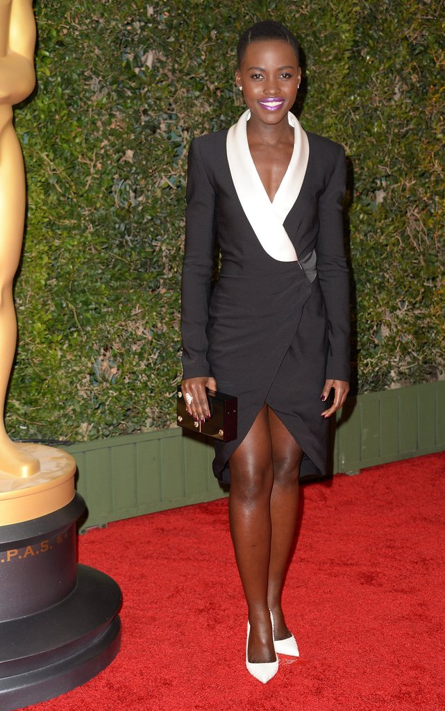 At the same event, Lupita Nyong'o came wrapped up in Prabal Gurung's dramatic black and white Resort design.