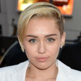 Miley Cyrus Hair and Makeup at American Music Awards 2013