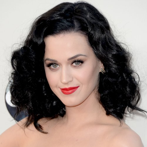 Celebrity Hair and Makeup at the American Music Awards 2013