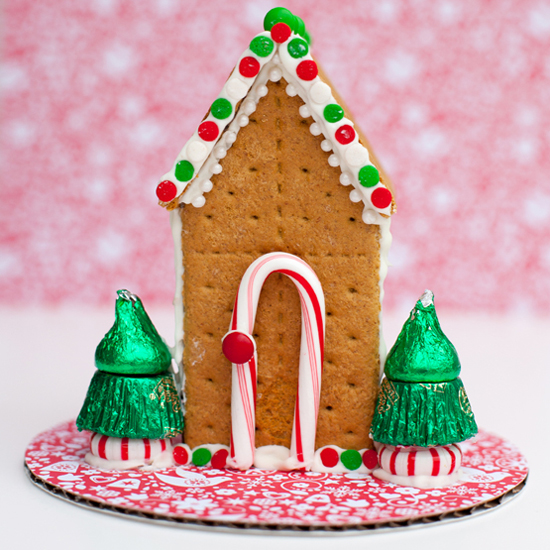 Alternate gingerbread house ideas popsugar moms for Gingerbread house themes