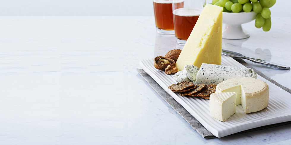 Arrange the Perfect Thanksgiving Cheese Plate