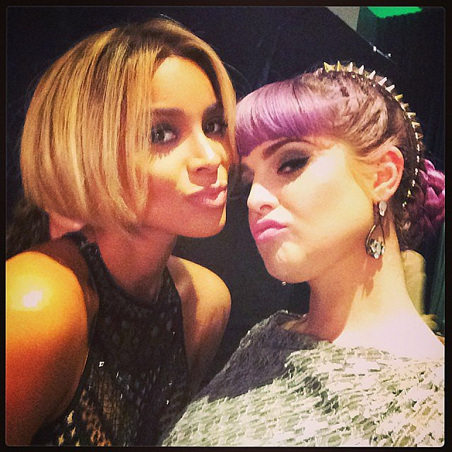 Kelly Osbourne and Ciara both showed off some rocking locks at Sunday's American Music Awards. Source: Instagram user kellyosbourne