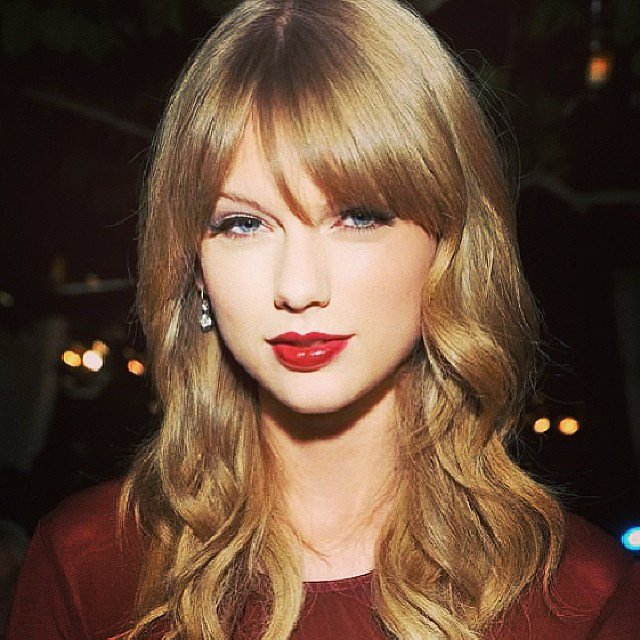 Taylor Swift's vampy lipstick was a hit on Instagram because it's far from her typical cherry hue.
