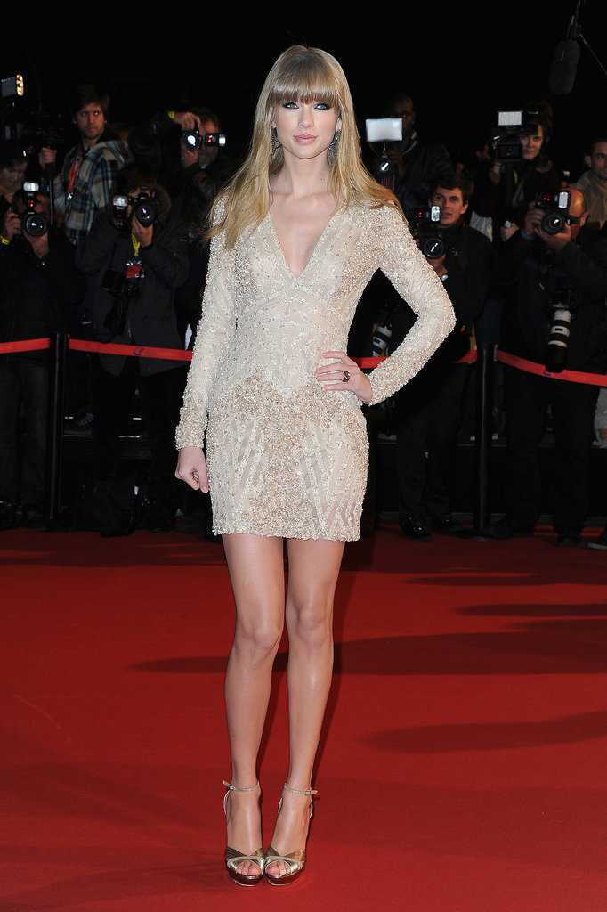 If it ain't broke, don't fix it. Taylor sparkled in yet another Elie Saab mini at the 2013 NRJ Music Awards.