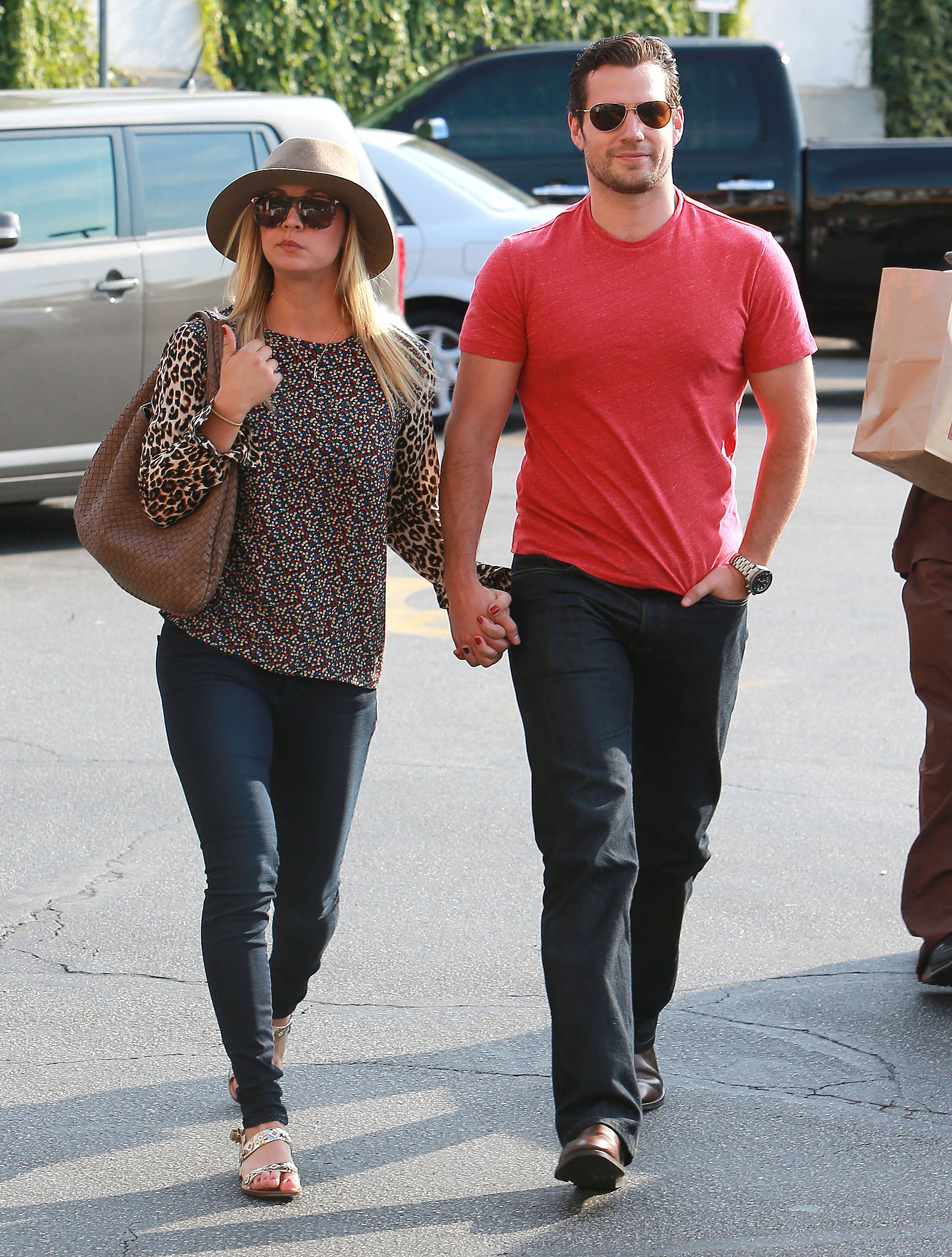 Henry Cavill And Kaley Cuoco It U0026 39 S Over The Biggest