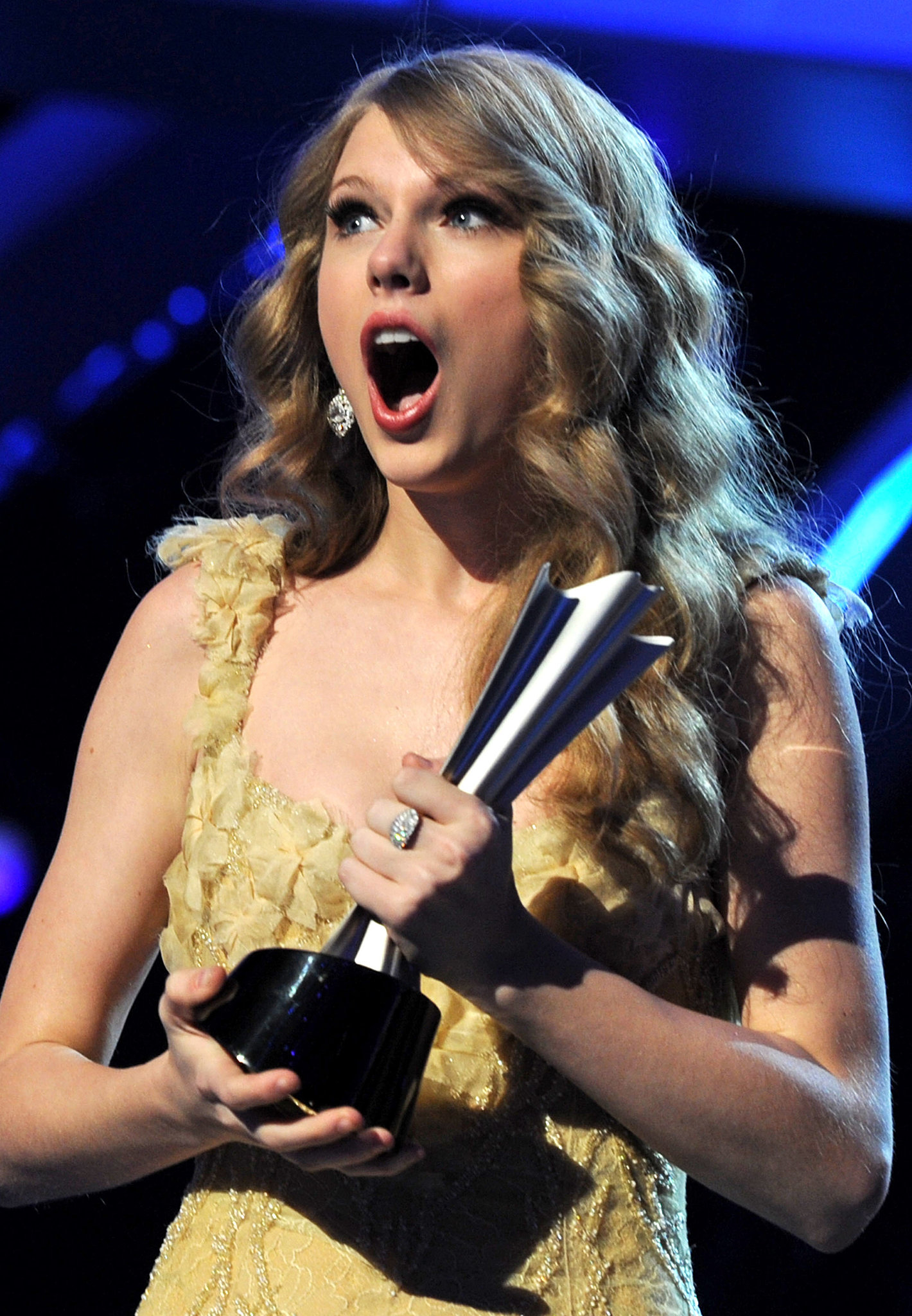 Taylor Swift had a jaw-dropping moment at the ACMs in April 2011.