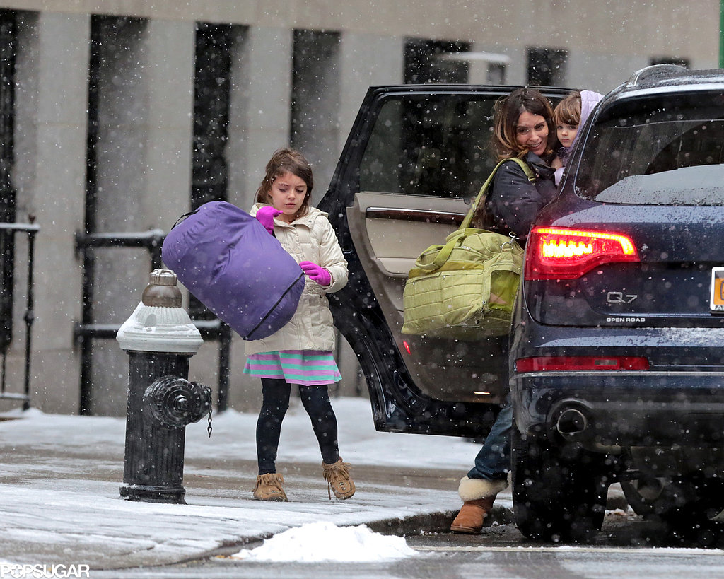 Tina Fey and her daughters, Alice and Penelope, braved heavy snow in NYC on Saturday.