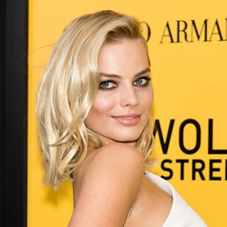 Margot Robbie's Makeup at The Wolf of Wall Street Premiere