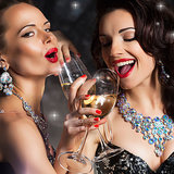 New Year's Eve 2014 Dress Ideas | Video