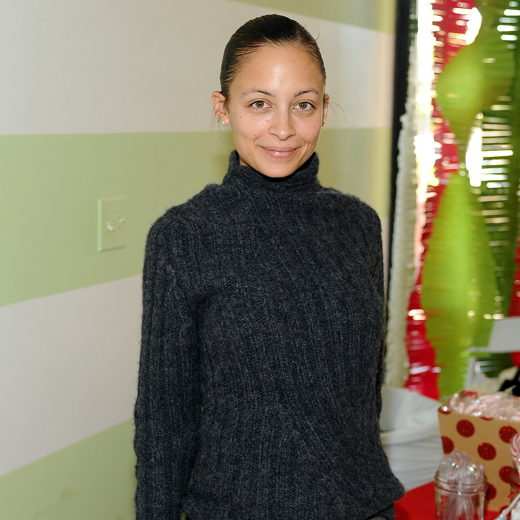 Facebook also has a thing for celebrities sans makeup. Hey, even Nicole Richie has days when there's no time for foundation (and we appreciate that).